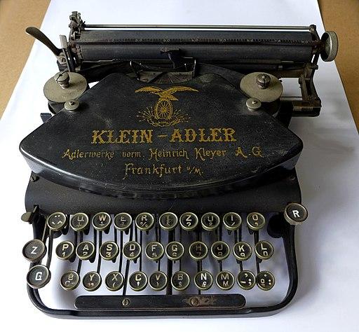 Klein-Adler_um_1900